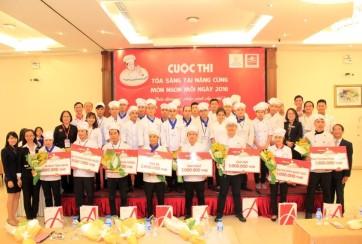 Tìm ra thí sinh đầu tiên vào chung kết toàn quốc từ Trường Saigontourist